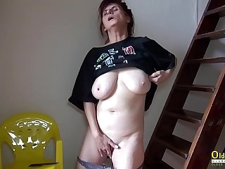 OldNannY Solo Mature Lady..