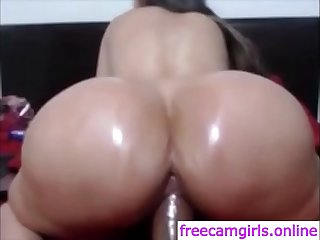 Big booty latina with huge..