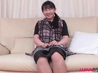 Mature Chigusa Fujioka..