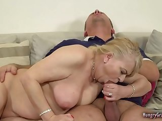 Bigtitted blonde GILF fucked..