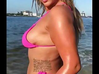 Shopie ellois pink bikini