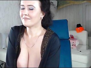 Cute big tit milf wet pussy..