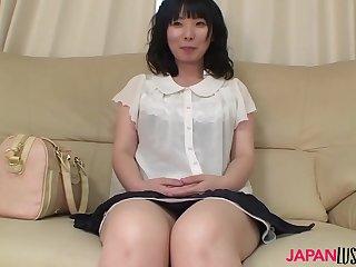 Mature Nozomi Iwahashi gets..