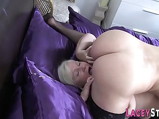 Busty granny loves to lick..