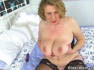 British milf Camilla..