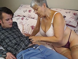Granny Savana Screwed by..
