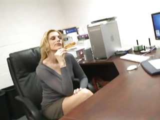 Cougar secretary swallows..