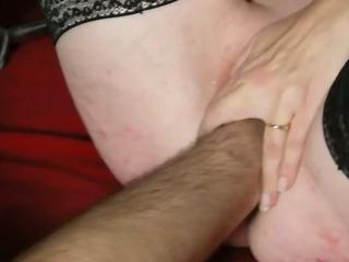 fist pour soumise sandy..
