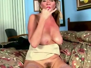 Horny lonely wife doing a solo
