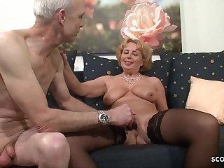 Oma und Opa beim Porno..
