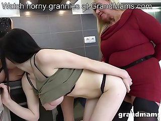 Lesbian granny threesome..