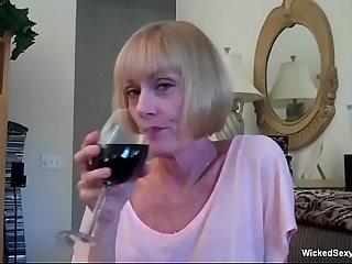 Granny Blowjob Satisfying..